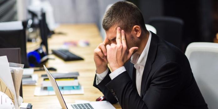 <br> ▲許多人提出離職是為了談更好的條件,可是有時候卻會造成反效果。圖中人物與新聞無關。(示意圖/翻攝自 cellcode.us)