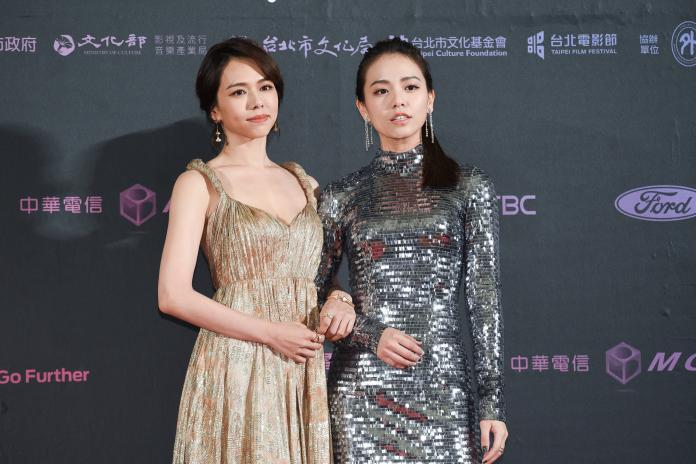 ▲夏于喬(左)、宋芸樺宛如雙胞胎。(圖/NOWnews攝影中心)