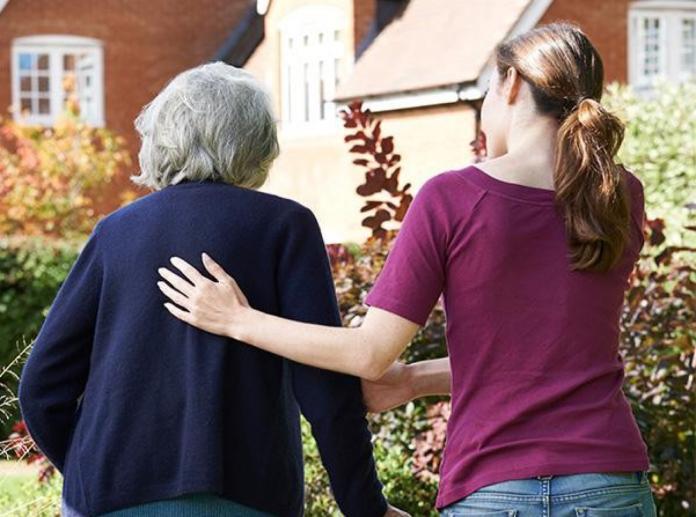 失智照護平均月花5-6萬元 逾8成民眾也怕罹病卻沒準備
