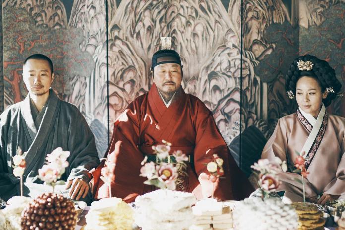 ▲《王的文字》本片由(左起)朴海日、宋康昊、全美善領銜主演(圖/采昌國際多媒體)