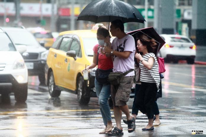 颱風<b>丹娜絲</b>沒登陸 最慘受害者是西瓜
