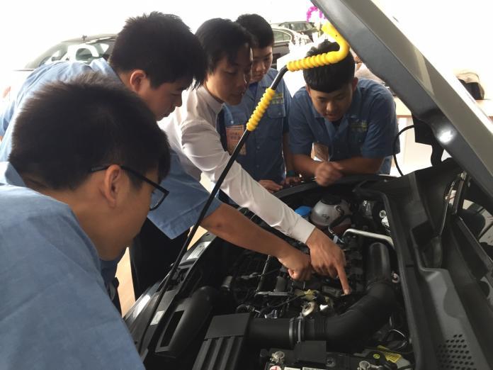 ▲國教署推動新住民子女國際職場體驗,35名學生赴越南拓展國際視野。(圖/教育部提供)