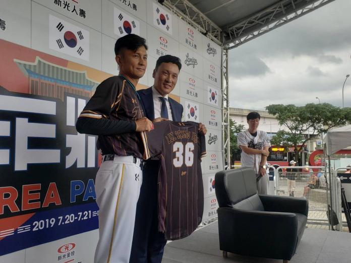 棒球/還記得彭政閔 <b>李承燁</b>:他推打很好