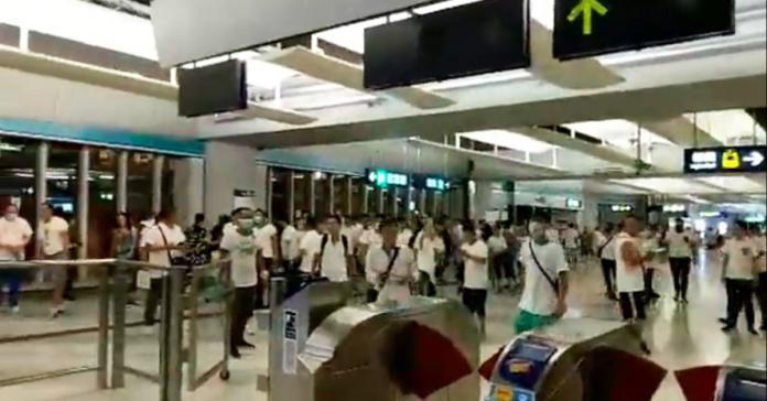 <br> ▲香港元朗21日度過最混亂的一夜。(圖/翻攝立場新聞)