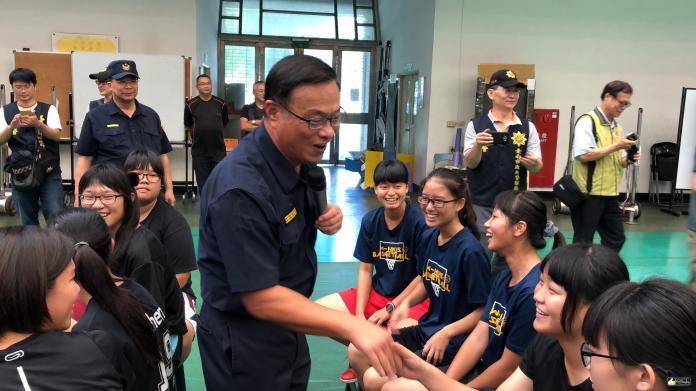 台南市議員蔡育輝證實,黃宗仁被換掉是因查賄選,查到不該查的人