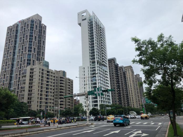 房市/房價沒亂開 富人進場買豪宅增多