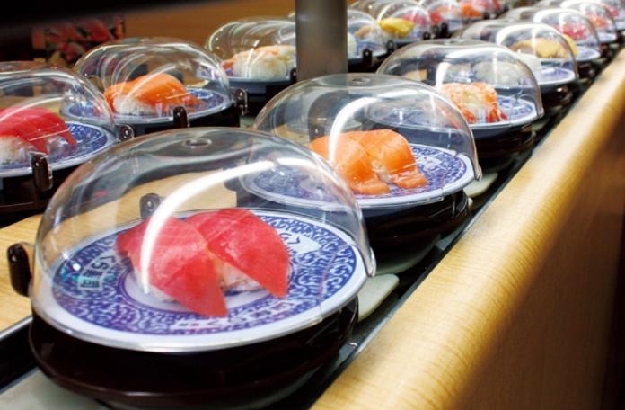 ▲知名品牌「藏壽司」近年來進駐台灣,許多饕客都會前往用餐。(圖/取自藏壽司官網)