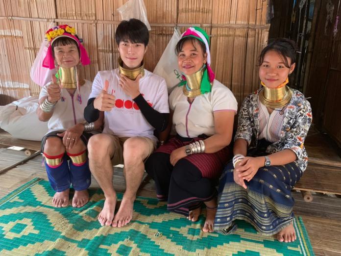 唐振剛泰國體驗長頸族 4公斤銅環繞頸險遭勒死