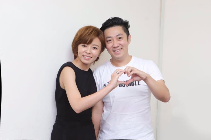 ▲王瞳和艾成表示兩人還是男女朋友。(圖/民視)