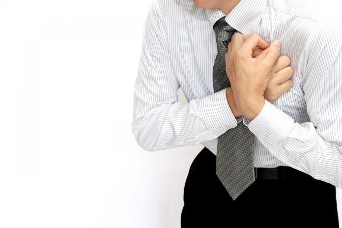 男突胸痛險沒命!檢查曝「真相」 醫師嚇壞:兇手是愛妻