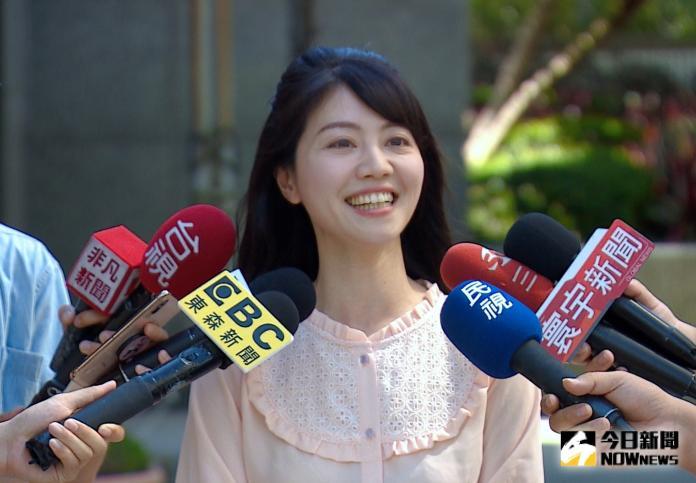 ▲民進黨市議員高嘉瑜接受媒體訪問。(圖/丁上程攝, 2019.7.30)