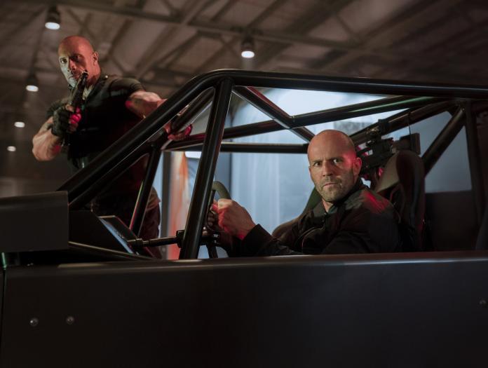 《玩命關頭:特別行動》酷炫車款齊聚 準備大顯身手