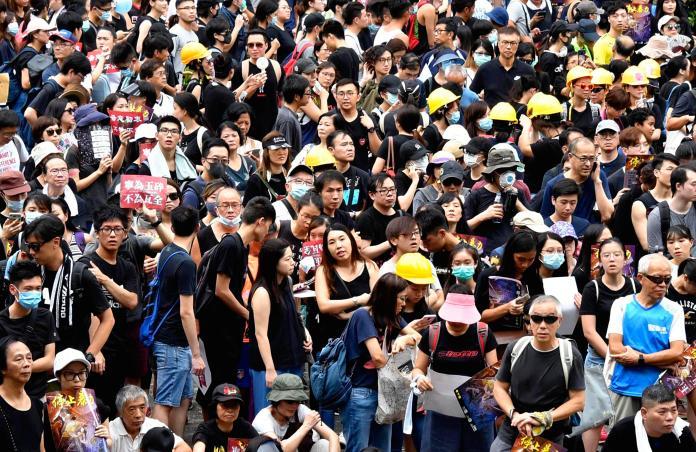 ▲香港抗爭示威一波未平一波又起。(圖/美聯社/達志影像)