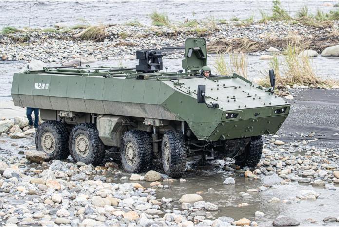 軍武/81公厘迫砲二代雲豹甲車 台北國防展將亮相
