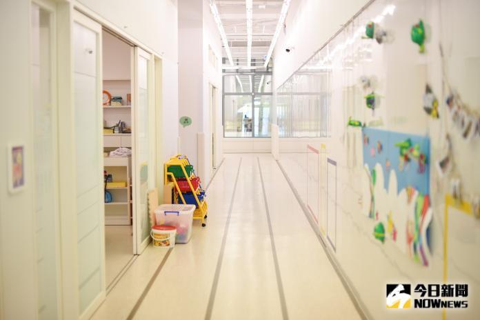 ▲氛圍室內設計以德國教育家福祿貝爾的理念,希望破除對幼兒園的印象,新定義幼兒園成為一座無限可能的樂園。(圖/記者陳明安攝影)