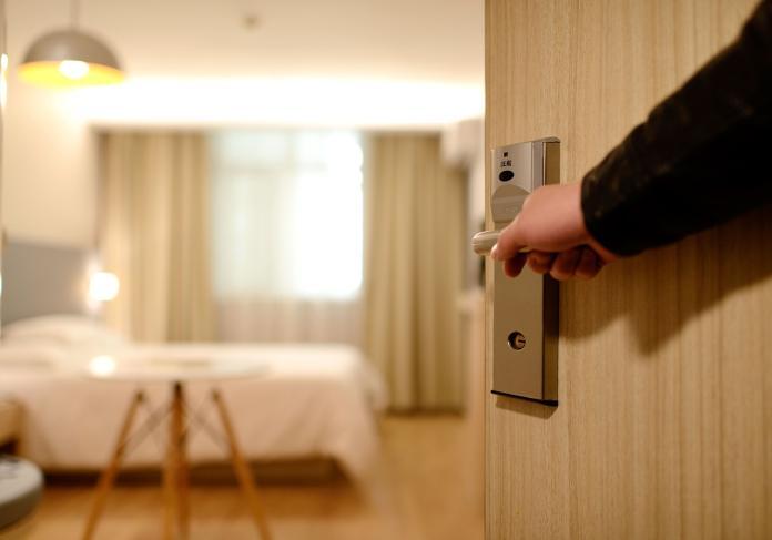 長住旅館超划算? 行家揭「超爽關鍵」:比在家還棒
