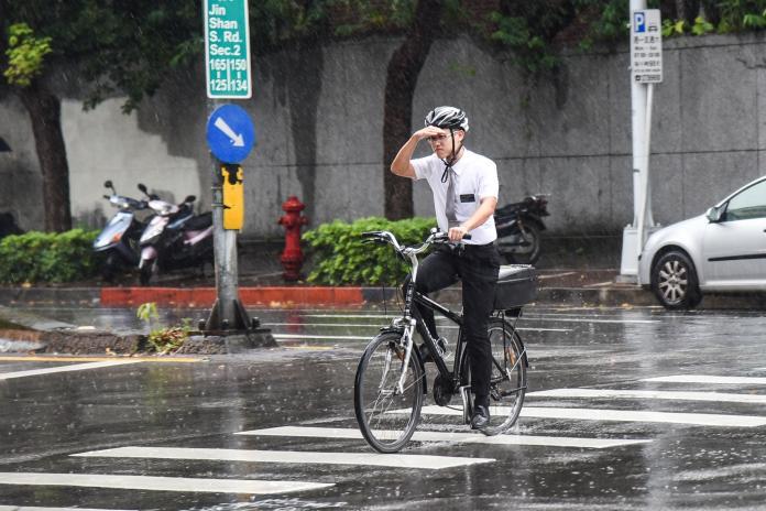 ▲今( 9 )日為第 9 號強烈颱風「利奇馬」( Lekima )影響台灣最明顯的時間。(圖/ NOWnews 資料照)