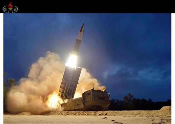 ▲外媒指出,北韓近日有可能將展示新型飛彈,若屬實,朝鮮半島局勢恐再度緊張。資料照。(圖/美聯社/達志影像)