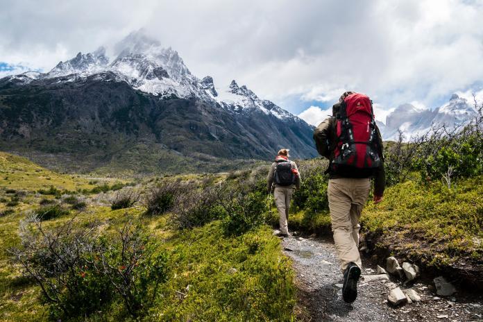 ▲女子參加畢祿羊頭山一日縱走,卻不幸喪命。山友呼籲登山健行愛好者必學好「2技能」再挑戰山林。(示意圖,非當事人/取自 Unsplash )