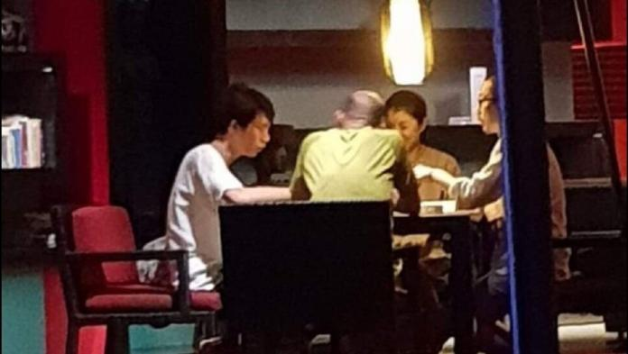 ▲針對高雄市議員林智鴻在臉書上貼文表示高雄市長韓國瑜過年期間打麻將賭博一事,韓國瑜競選總部執行長林國正今(14)日表示,純屬娛樂。(圖/高市議員林智鴻臉書提供)