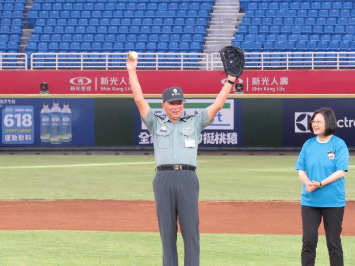 國軍高層異動 陳寶餘接參謀總長、徐衍璞接陸軍司令
