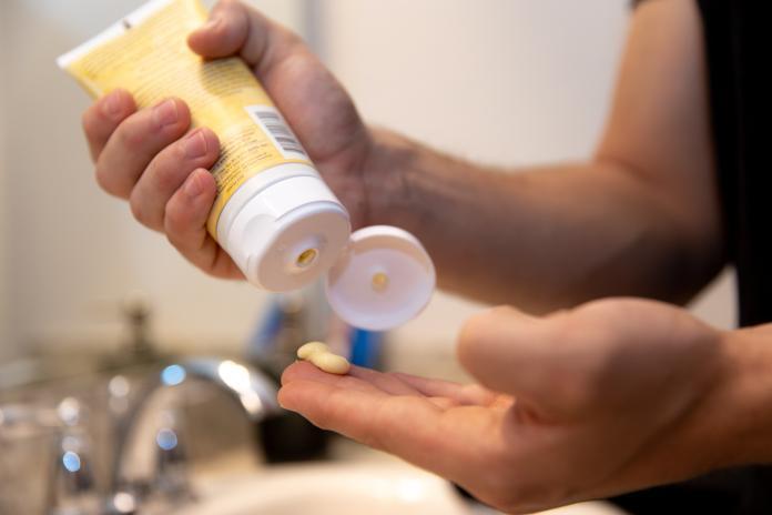 房市/過期<b>乳液</b>妙用 幫家裡這些物品煥然一新