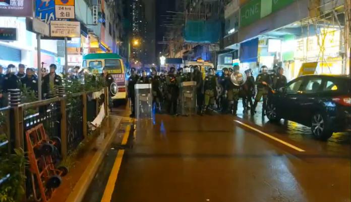 影/荃葵青遊行22人受傷! 36人被捕竟包含12歲男童