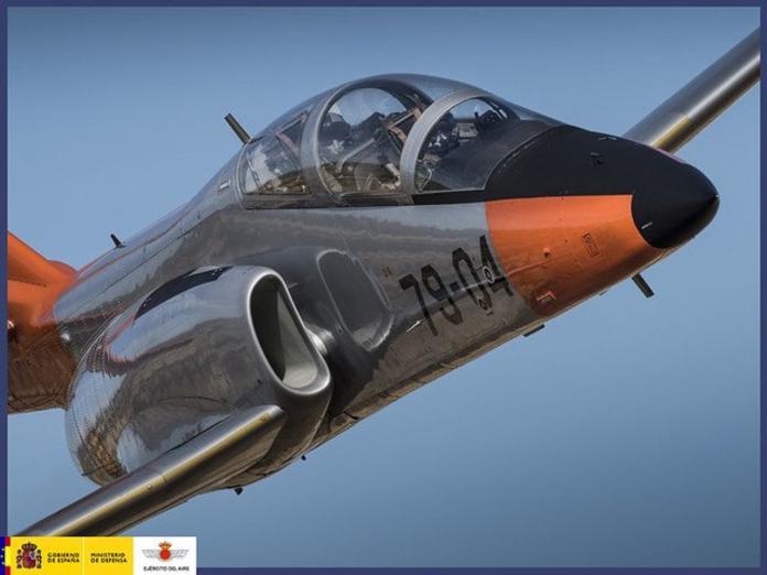 軍武/AT-3單發動機親戚 西班牙空軍C-101教練機墜毀
