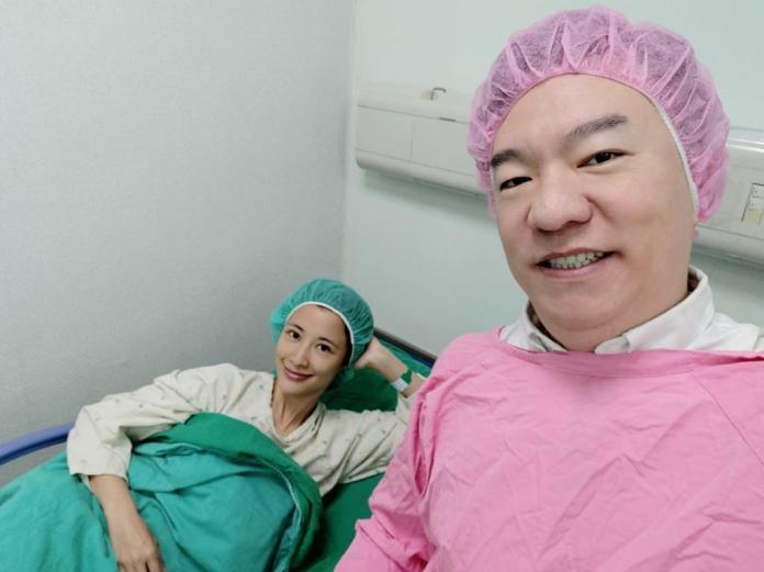 <br> ▲李蒨蓉(左)和老公渡過婚姻難關。(圖 / 資料照)