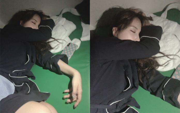 ▲三上悠亞熟睡模樣被公開上網。(圖/翻攝推特)