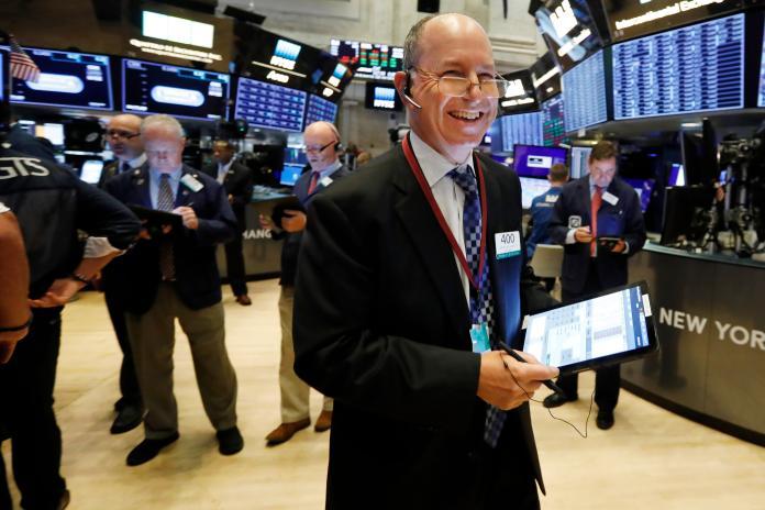 ▲美債息急升後回順,加上最新就業數據推動投資者對經濟前景的樂觀情緒,美國股市5日上漲。資料照(圖/美聯社/達志影像)。