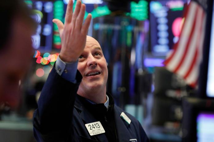 ▲美股 11 月 1 日再傳好成績,標準普爾 500 和那斯達克指數並創歷史新高紀錄。資料照。(圖/美聯社/達志影像)