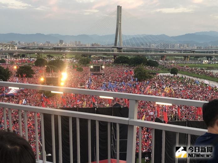 韓國瑜在新北市三重舉辦的首場造勢活動,主辦單位宣稱現場人數突破25萬。