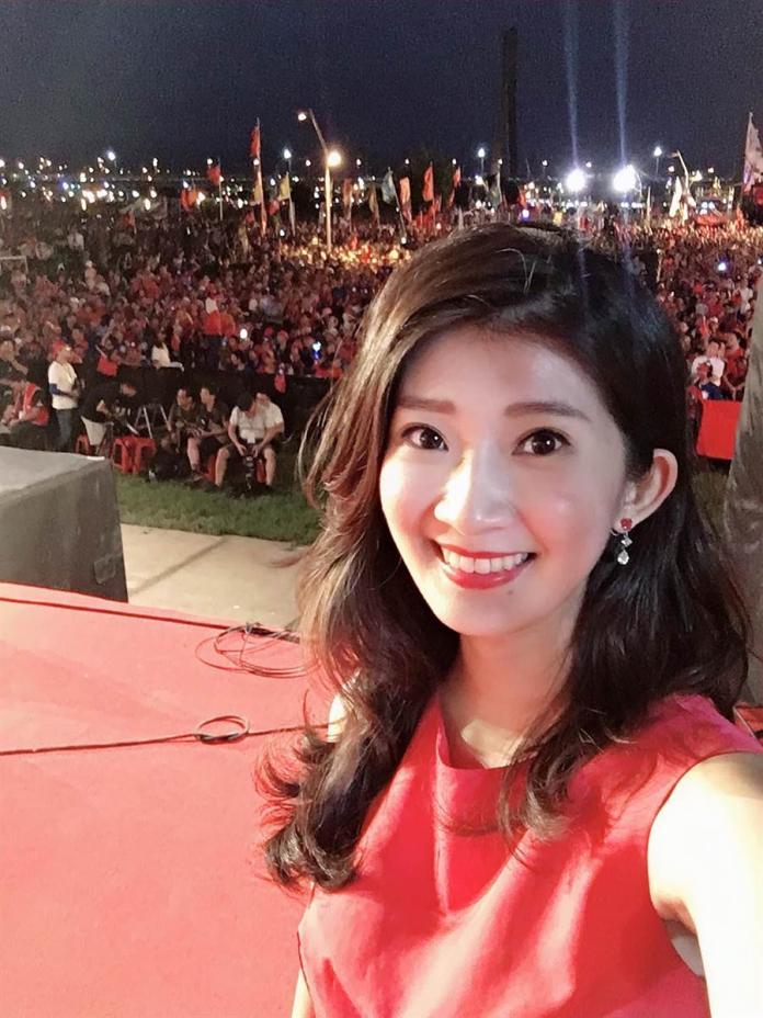 <br> ▲主持人李明璇指出,她站在台上第一線,每一個環節可謂看得一清二楚。(圖/翻攝李明璇臉書)