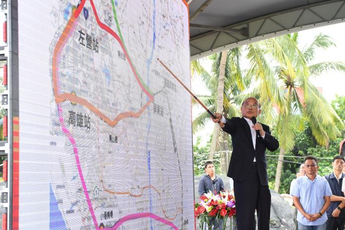 ▲行政院長蘇貞昌今(10)日宣布高鐵將延伸至屏東,將幫助屏東產業轉大人,更是觀光產業強心針。(圖/行政院提供)