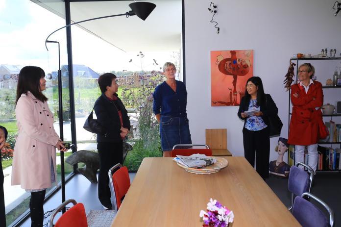 推動中市地方創生  盧秀燕訪荷蘭自由之地住宅區觀摩