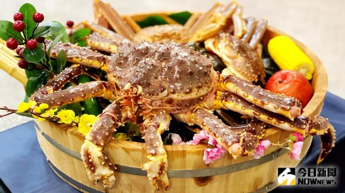 <br> ▲海鮮餐廳推出季節限定「蟳味蟹宴」。(圖/記者陳美嘉攝)