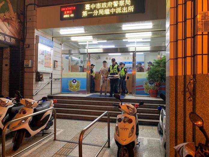 警連假兩波掃蕩東協廣場 攔截10名逃逸移工