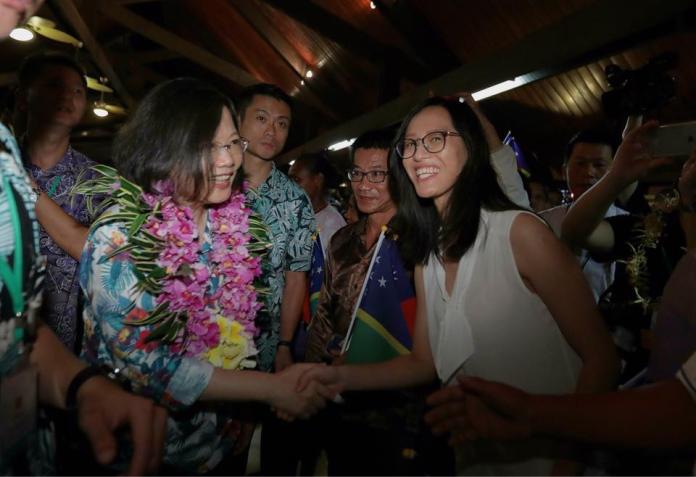 ▲外交部指出,索國學生喜歡台灣自由開放與友善的就學環境,對索國政府試圖外交轉向的操作感到憤怒與不解。(圖/蔡英文臉書粉絲專頁)