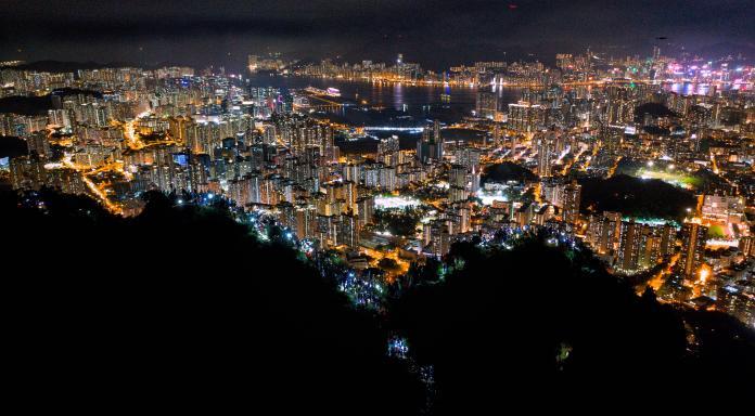 <br> ▲香港反送中事件對香港的經濟與國際金融地位帶來一定影響。資料照。(圖/美聯社/達志影像)