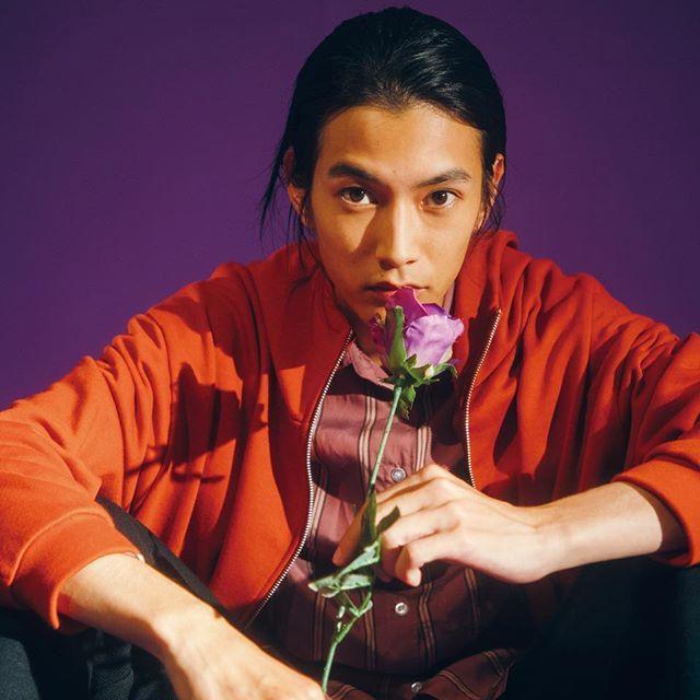 ▲渡邊圭祐是典型的日系美男。(圖/翻攝IG)