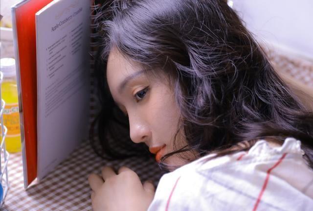 <br> ▲女星劉露才剛被芒果台簽下來,星途堪慮。(網路圖)
