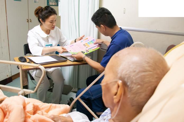 「出院準備」友善患者 <b>雙向轉診</b>銜接長照服務