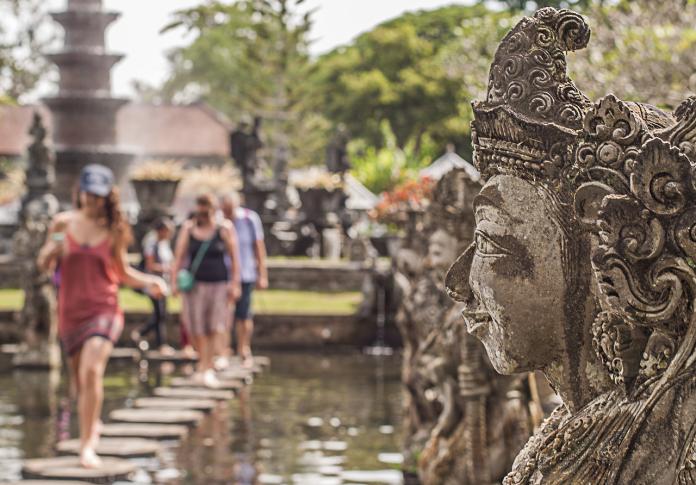 印尼擬禁婚前性行為!數千澳洲遊客嚇傻 取消<b>峇里島</b>行程