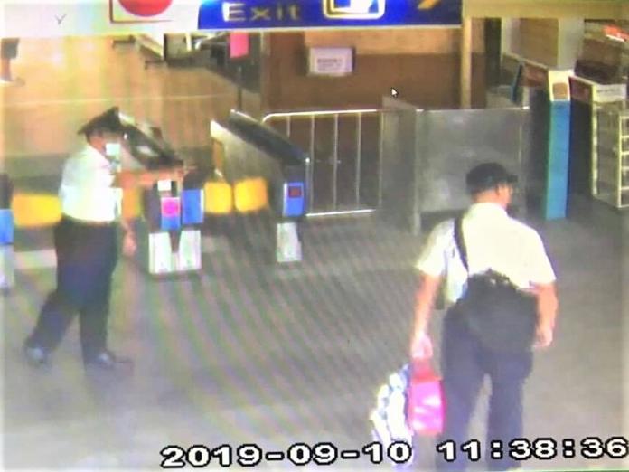 <br> ▲竊嫌竊得財物後,搭乘火車逃逸離開。(圖/嘉義市警局提供)
