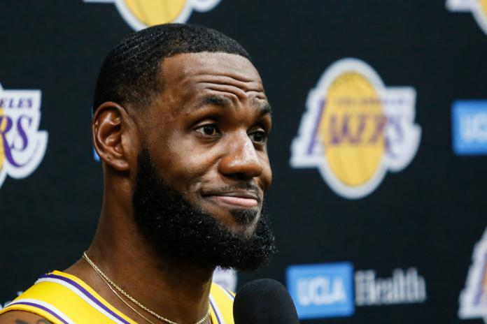 NBA/33000+9000+9000!詹姆斯坐擁歷史唯一!
