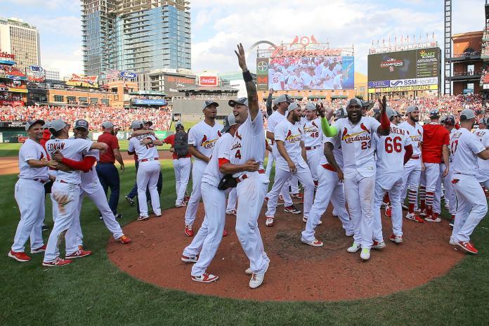 MLB/驚險!例行賽最終日封王 紅雀睽違4年重返中區冠軍