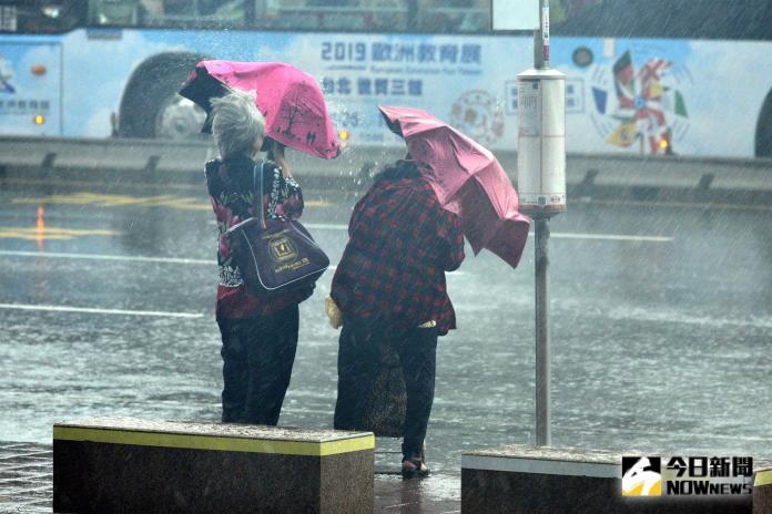 對台威脅降低!米塔颱風偏北不登陸 周二上午解除陸警