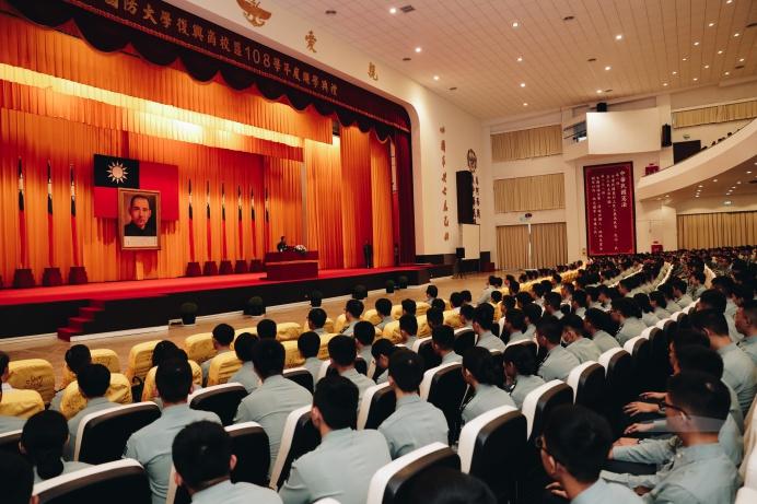 ▲ 國防大學校長王信龍上將前往復興崗校區主持108學年度開學典禮。(軍聞社記者林澤廷攝)