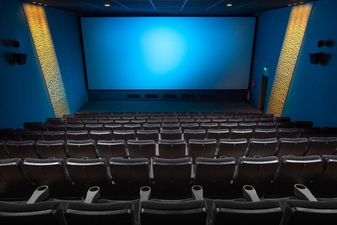 ▲有網友在 PTT 八卦版好奇詢問,台北最好的電影院是哪一間?貼文立刻引發熱議。(示意圖/翻攝自 Pixabay )